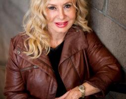 Sue Layman Lightman_Headshot